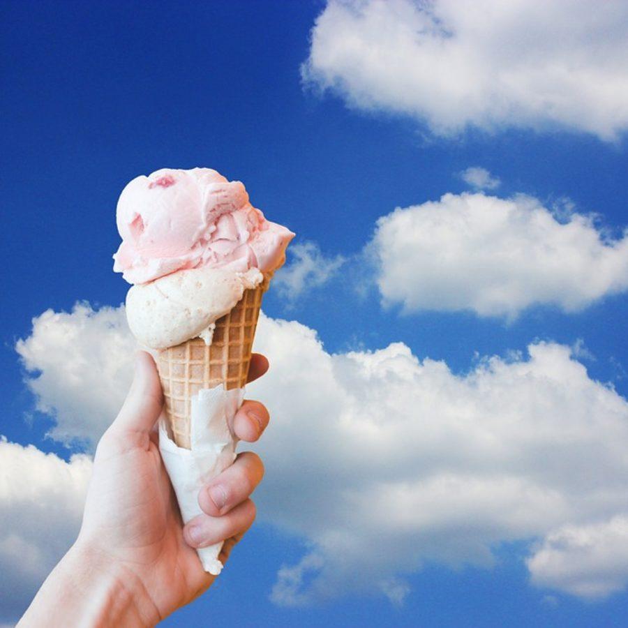 Những lưu ý đảm bảo sức khỏe khi ăn kem